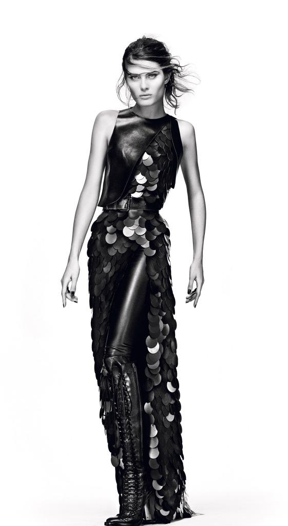 A top Isabeli Fontana na campanha inverno 2015 Tufi Duek Design: Eduardo Pombal Modelagem: Christian Monteiro
